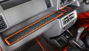 Spiegel (シュピーゲル) ラバートレイマット ダイハツ ハイゼットトラック S500P 装着イメージ画像